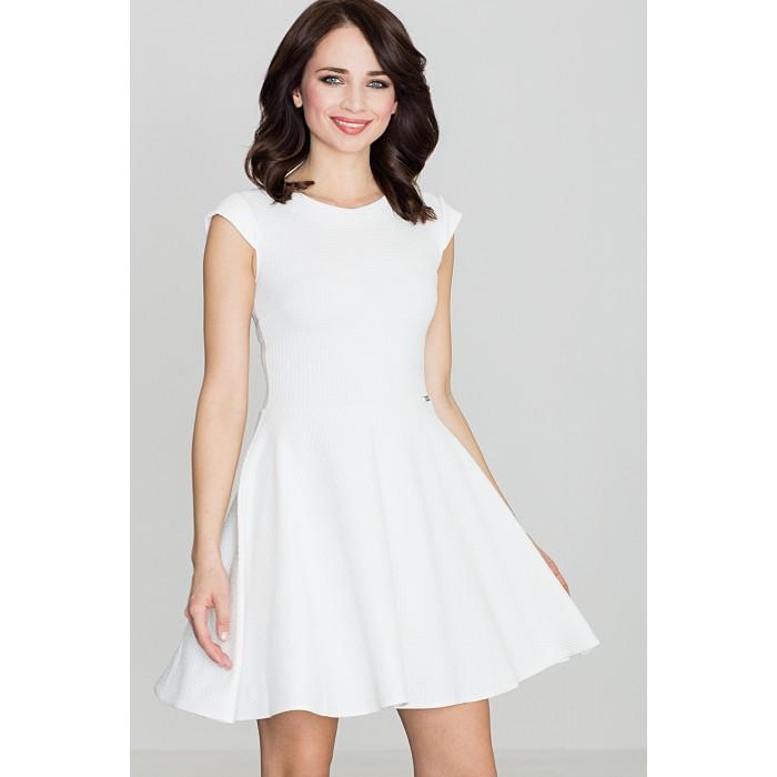 c53ca37cedd7 Dámske biele šaty v A línii K162