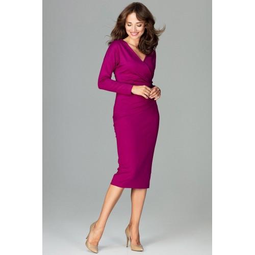 5d7dd1d1eec5 Fuchsiové biznis šaty s prekladaným dekoltom K477