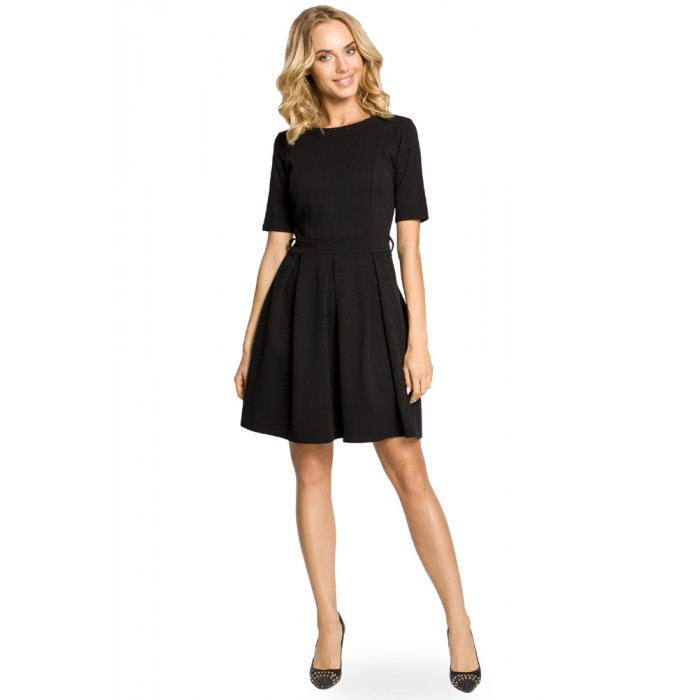 6bdbe9a39651 Čierne úpletové šaty v Alínii so skladaním 018