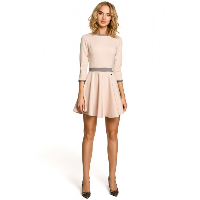 f2539bd10e0e Elegantné béžové mini šaty s 3 4 rukávom 052