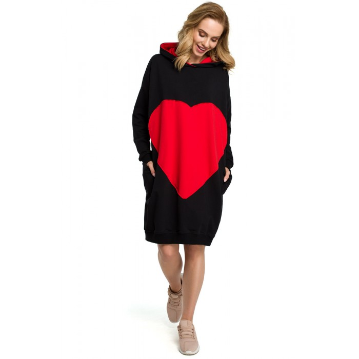 ba60a6a2ec4c Čierne oversize bavlnené šaty s veľkým srdcom a kapucňou MOE387