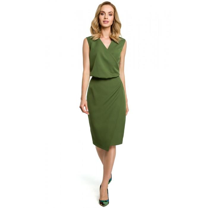 d463202230a2 Zelené púzdrové šaty s prekríženým dekoltom MOE395
