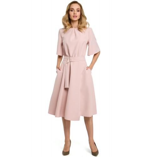 36367d7d5ad2 Púdrovoružové šaty v Alínii s opaskom a zvonovým rukávom MOE396