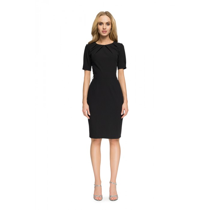 aedbb5b5a433 Čierne púzdrové šaty s výstrihom na chrbte S004