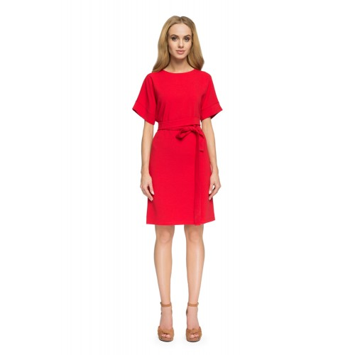 Style Červené púzdrové šaty so zadným výstrihom S025