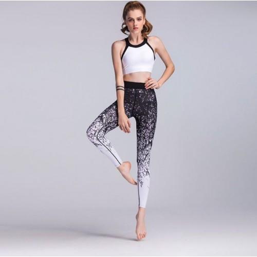 Čierno-biele športové legíny FITNESS Trening LEG24