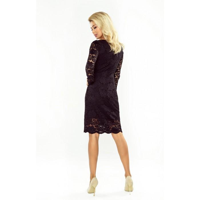Čierne čipkované šaty s dlhým rukávom a