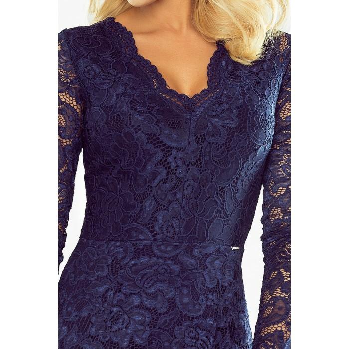 Tmavomodré čipkované šaty s dlhým rukávom a